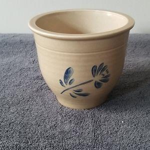 Vintage Flowet Pot
